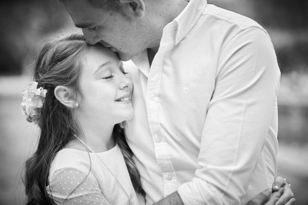Fotografía de comunión bonita con su padre